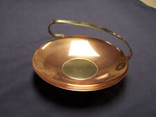 "VINTAGE COPPERCRAFT GUILD 6 1/2"" FOOTED CANDY DISH BOWL WITH HANDLE BRASS CENTER"
