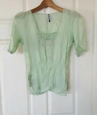 JUST JEANS Green Short Sleeve Crochet Embriodery Top size 8 Nina Proudman Style