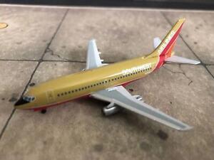 ** Aeroclassics Southwest Airlines 737-2H4, Mustard Rocket Colors N21SW LAST ONE