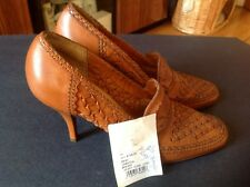New DKNY  TABATHA BRANDY Brown High Heels Shoes Size 6,5
