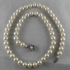 VINTAGE UNSIGNED FAUX PEARL NECKLACE SILVER TONE CLASP