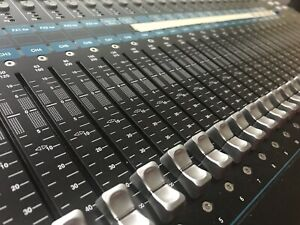 Allen & Heath QU-24C (Chrome Edition) Mixer - Used Two Times