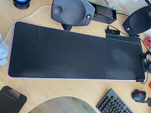 Razer RZ02-02500300-R3U1 Goliathus Extended Chroma Gaming Mousepad - Black