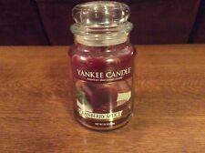 Housewarmer Large Jar Yankee Candle 22 Oz. Cranberry Sauce