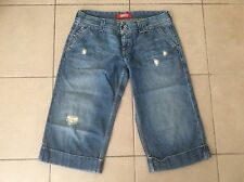 LEVIS   Vintage distressed looking  Denim shorts    Size 32