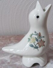 Pie Bird Vent - White - Floral Flowers - 1
