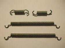 FORD Capri Mk1 Mk2 (2600, 3000 & 3.1)   Rear Brake Shoes Springs (1969- 75)