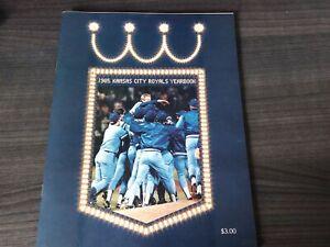 1985 Kansas City Royals Baseball Yearbook, George Brett, Bret Saberhagen ~ Mint