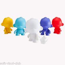 Kidrobot MUNNYWORLD Micro Foomi 2.5-Inch Multicolor Edition - random blindbox