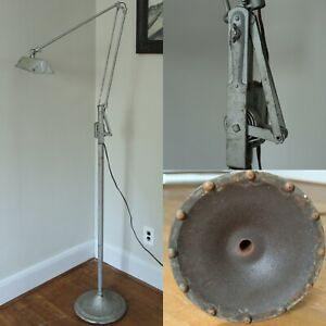 RARE Antique Vtg 1930s DAZOR Floating Arm Floor Lamp Industrial Light OC White