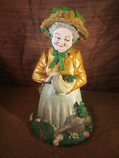 Tom Clark Cairn Studios Gnome Lily Pon Lady with Shells