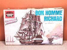 LIFE-LIKE BON HOMME RICHARD MODEL KIT # 09367