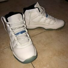 Air jordan retro 11 Columbia Size 6 100% Authentic. Worn once. Mint Condition!