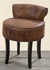 Chaises antiques en cuir pour la salle à manger