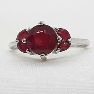 1.60ctw Mozambique Ruby & Diamond Cut White Sapphire 925 Silver Ring