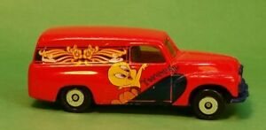 Matchbox Red FJ Holden Panel Van Tweety Bird Tampos 1: 58 Loose 1995