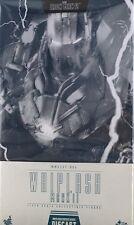 New HOT TOYS Movie Masterpiece DIECAST Iron Man 2 Whiplash Mark 2 1/6 scale