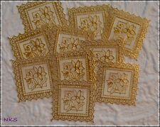 10 Zierdeckchen Kartenschmuck Kunststoff gold  ca.5,5 cm * 5,5 cm Alpenveilchen