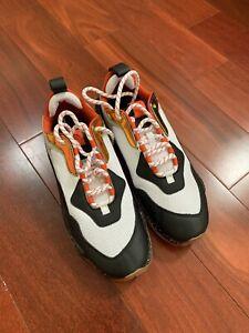 NIB Puma Thunder Electric Men's Size 10 Black Orange White 367996 01