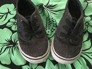 Vans Off the Wall Lace Up Toddler Size 7.0  Gray EUC