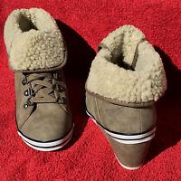Damen KEIL-PUMPs Ankle Boots ARIZONA Winter Stiefeletten Schuhe in Braun Gr. 40