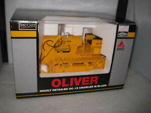 1/16 SPEC CAST  OLIVER OC-12 DIESEL CRAWLER WITH BLADE HIGHLY DETAILED OLD STOCK