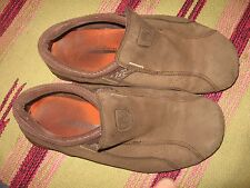 MENS 8 TEVA BROWN NUBUCK LEATHER SLIP ON CASUAL MOC LOAFER SHOES