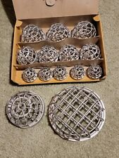New listing 14 Vintage Lead Flower Frogs