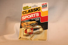 ROAD CHAMPS DIECAST CLASSIC SPORTS CAR, 1970'S CHEVROLET CORVETTE, SILVER, NOC