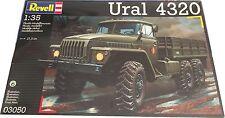 Revell Ural 4320 Ref 03050 Model Kit Escala 1:35, Nuevo