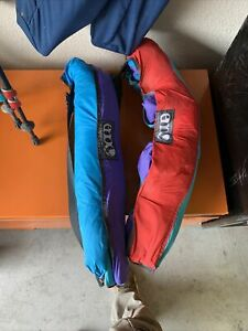 2 Eno Billow Air Lounge Inflatable Couch