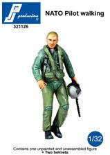 1/32 PJ PRODUCTION NATO PILOT WALKING (MODERN)
