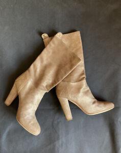 Authentic Chanel boots botilions CC Logo size 39 EU, 8 US