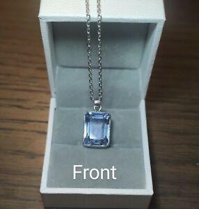 Aquamarine Pendant in Silver
