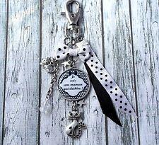 Porte clefs maman cabochon personnalisé bijou de sac porte clés mère, chat