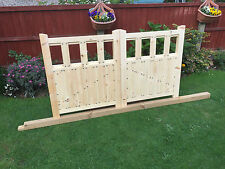 wooden driveway gates free delivery depending on postcode