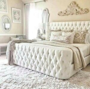 💥💥Huge sale on Oxford Butterfly Wing Upholstered Bed💥💥