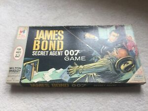 JAMES BOND BOARD GAME 1964 SEAN CONNERY IN THE SECRET AGENT 007 GAME