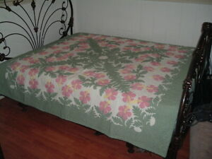 Hawaiian quilt 100% hand quilted/hand appliqued full/queen bedspread 80x80 New