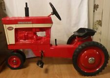 Vintage Metal Pedal Toy International Farmall 560 Tractor Scale Models USA