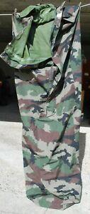 sur sac militaire CE pour sac de couchage