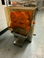More details for commercial orange fruit juice extractor/juicer -new improved design