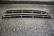 2004 KIA SEDONA DASHBOARD FRONT WINDOW VENTS WINDSHIELD 0K53A60781/782 OEM 04