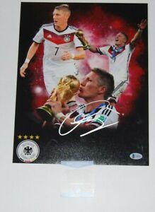 BASTIAN SCHWEINSTEIGER signed (BAYERN MUNICH) Soccer 11X14 photo BECKETT BAS #4