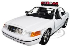 2001 FORD CROWN VIC POLICE CAR PLAIN WHITE W/ LIGHTS & SOUND 1/18 MOTORMAX 73992
