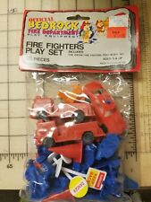 NEW Rare 1991 Official Fintstones Bedrock Fire Department Fire Fighters Play Set