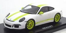 1:18 Spark Porsche 911 R white/green