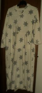 Dreams & Co. Plus Size Ivory Snowflake Plush A-Line Hooded Lounger Size 3X-30/32
