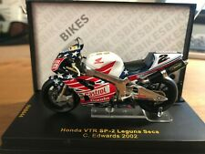 Colin Edwards Honda VTR SP-2 2002 (1/24 scale)