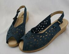 Spring Step Blue Leather Slingback Peep Toe Wedge Sandals Size 40 / 9.5 Floral
